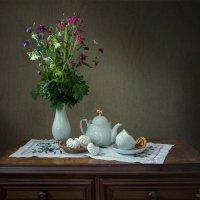 Букет аквилегий и чай с зефиром :: Ирина Приходько