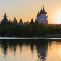 Закат над Кремлем в Измайлово :: Victor Okhrimets