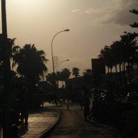 вот так приходит вечер в один из городков Кипра :: Оля Cмирнова