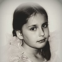 Хорошая девочка Лиза на улице Южной живет... :: Юлия Шуралева