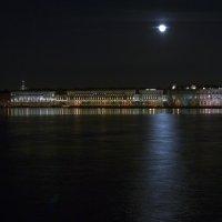 Ночь на Неве :: Valerii Ivanov
