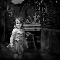 Мимо детство пробегало... :: Сергей Великанов