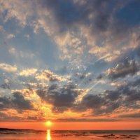 Небо над заливом :: Сергей Григорьев