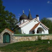 Храм Пресвятой Троицы село Бёхово. :: Lana