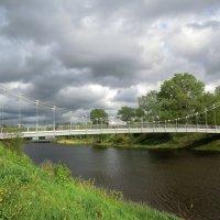 Великие Луки. Мост на остров Дятлинка - мост Влюблённых... :: Владимир Павлов