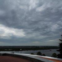 Волга перед грозой :: Георгий Пичугин