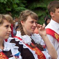 И звенит последний звонок по всей стране! :: Валерий Рыкунов