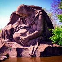 Памятник матери солдата :: Олечка Зайцева