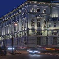 Эрмитажный театр вечером :: Valerii Ivanov