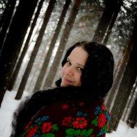 Девушка в лесу :: Алёна Мартынцова