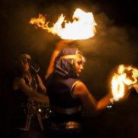 игра с огнем :: Виталий Исаев