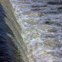 Падающая вода Роси :: Сандродед