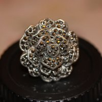 Типа, серебро с ограненным... Чем-то там черным :: Bakhit Zhussupov