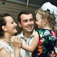 Семейное счастье :: Валерий Рыкунов