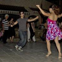 Танцы в старом городе Яфо-Тель-Авив :: Владимир Сарычев
