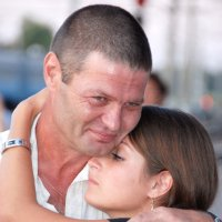Вокзал.Момент раставания отца и дочери :: Николай Хондогий