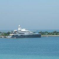 Яхта шейха (Абу-Даби.ОАЭ) :: Anton Сараев