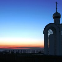 Часовня на берегу Оби :: Рустам Илалов