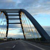Мост :: Лена Михайленко