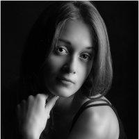 Алиса ... (просто ч/б) :: Михаил Палей