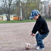 Жорик и мяч) :: Мари Воронина (Турик)