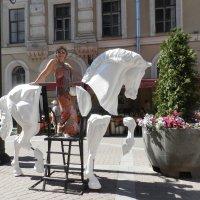 Вот такая белая лошадь)) :: Наталья Левина