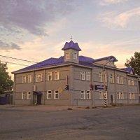 Бывшее Тихвинское реальное училище. :: Сергей Кочнев