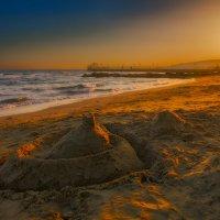 Строим замки из песка... :: Вячеслав Мишин