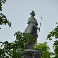 Памятник Екатерине II :: Галина (Stela) Кожемяченко