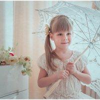 Девочка с зонтиком :: Юлия Соболева