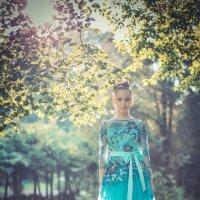 Прогулка по парку :: Михаил Кучеров