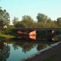 на реке Тихвинке :: Сергей Кочнев
