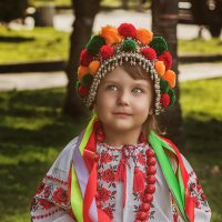 юная Украиночка :: Владимир Хижко