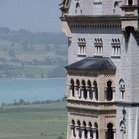 Баварский пейзаж с замком Нойшванштайн (фрагмент) :: Юрий Цыплятников