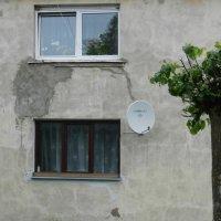 28 мая, стена :: Юрий Бондер