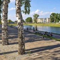 В парке у озера :: Любовь Потеряхина