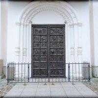 Великий Новгород. Магдебургские врата Софийского собора :: Евгений Никифоров