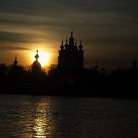 Закат на Неве :: Александр Викторенков