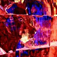 Лёд в скульптуре :: Наталья Золотых-Сибирская
