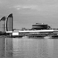 Порт пяти морей... :: Павел Бутенко