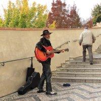 2013год,Прага,на том же месте в тот же час. :: Андрей Вычегодский