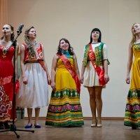Танцуем и поём! :: Алёна Михеева