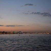 Белая ночь опустилась над городом... :: Ирина Михайловна