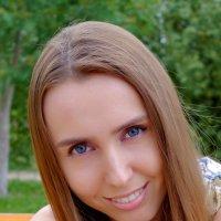 Портрет (с боке ) :: михаил кибирев