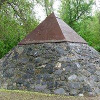 Пирамида. :: Виктор Юденков