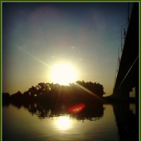 Солнце встаёт над рекою Москвой :: Ольга Кривых