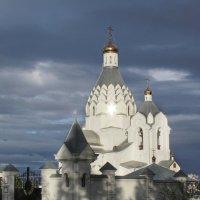 Церковь перед закатом :: Olga Ксензова