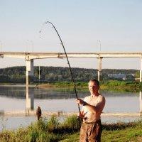 Первая добыча на реке Ока :: Николай Варламов