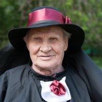Портрет мужчины в черной шляпе :: Иван Гиляшев
