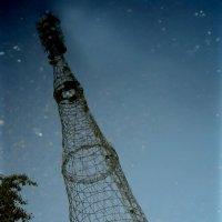 Шуховская башня в отражении :: Михаил Тищенко
